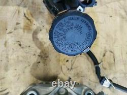2011-2020 Suzuki Gsxr 600 750 Oem Brembo Système De Freinage Avant Calibre Gauche Et Droit